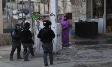 اعتقالات بالقدس والاحتلال يستهدف المزارعين والصيادين في غزة