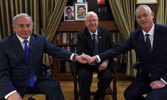 تقارير: غانتس يدرس تعيينه رئيسا للكنيست لدفع تشكيل حكومة وحدة