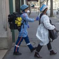 فرنسا تُسجل 292 وفاة بكورونا والفيروس يفترس القارة العجوز
