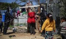 متطوعون يعقمون الأحياء الأشد فقرًا في غزة تحسّبا من كورونا