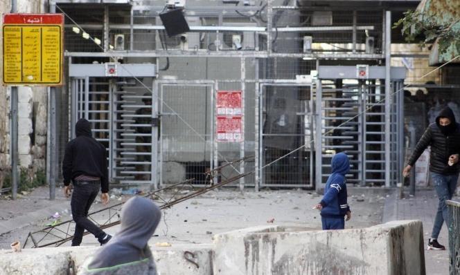 """""""الأوقاف"""" تُحذّر: إسرائيل تستغلّ وباء كورونا للسيطرة على الحرم الإبراهيمي"""