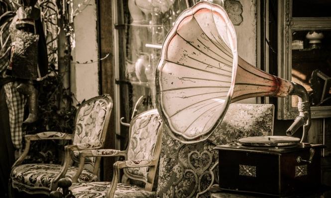 الموسيقى الكلاسيكيّة ملاذ المحجورين