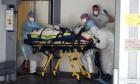 مُستجدات كورونا حول العالم؛ الفيروس يقترب من ضحيّته المليون