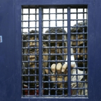"""مسؤولون إسرائيليون: """"نافذة فرص"""" للتقدّم في صفقة تبادل أسرى"""