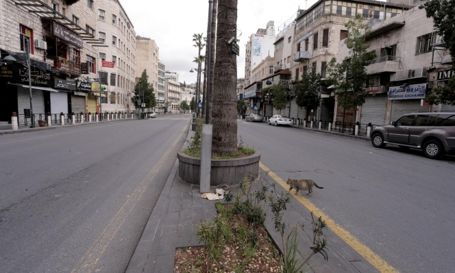 حظر تجوال شامل يومَي الجمعة والسبتفي الأردن لمجابهة كورونا