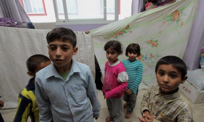 كورونا: الطلاب السوريون لا يملكون ترف التعلم عن بُعد