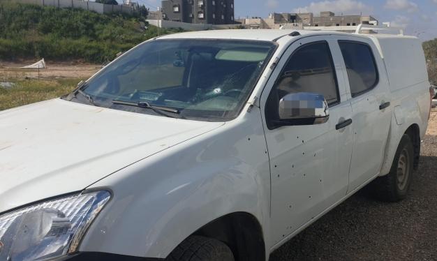 شجار واسع في رهط تختزله الشرطة بحدث واحد: إطلاق النار عليها