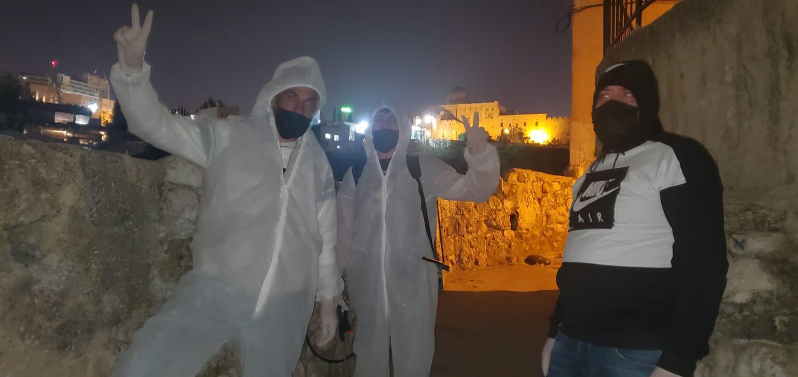 المقدسيون في مواجهة جائحة كورونا وفيروس الاحتلال