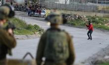 مستوطنون يعتدون على مزارعين فلسطينيين في الخليل