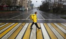 رجل أعمال روسي يستغل أزمة كورونا ويصبح عامل توصيل