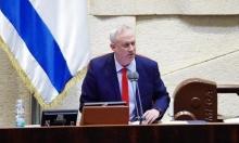 اتهامات لغانتس بالامتناع عن دفع قوانين ضد نتنياهو
