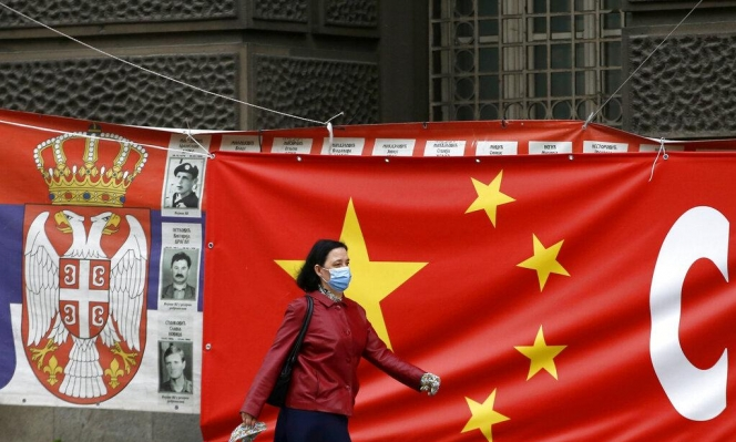 """الصين ترفض التحقيق بـ""""مسؤوليتها"""" عن تفشي كورونا وتنتقد الولايات المتحدة"""