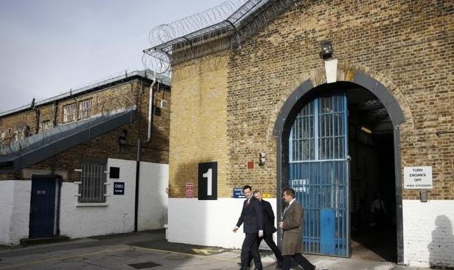 """""""أزمة كبيرة"""" في السجون البريطانية..""""عنيفة وغير آمنة ومكتظة"""""""