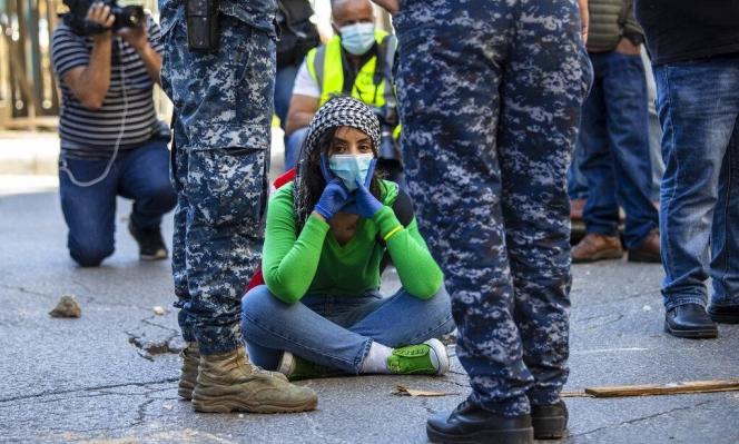 """الاحتجاجات اللبنانيّة مستمرة: """"رقصة الموت"""" تشيّع الليرة اللبنانيّة"""