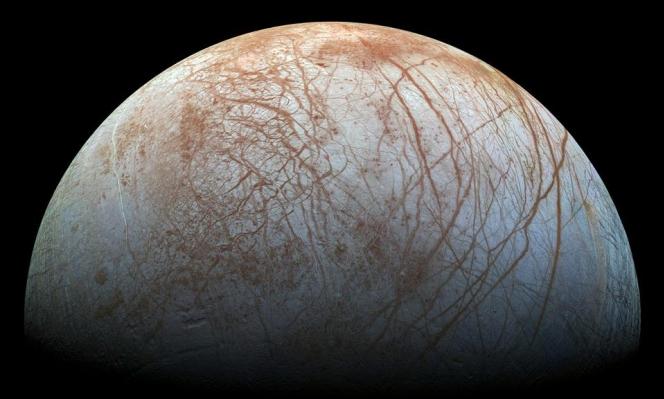عالمة فضاء ترجح وجود كائنات أشبه بالأخطبوط على أحد أقمار المشتري
