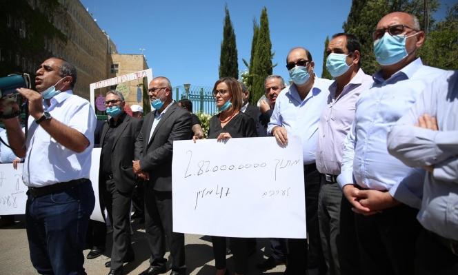 استمرار الإضراب المفتوح في السلطات المحلية العربية
