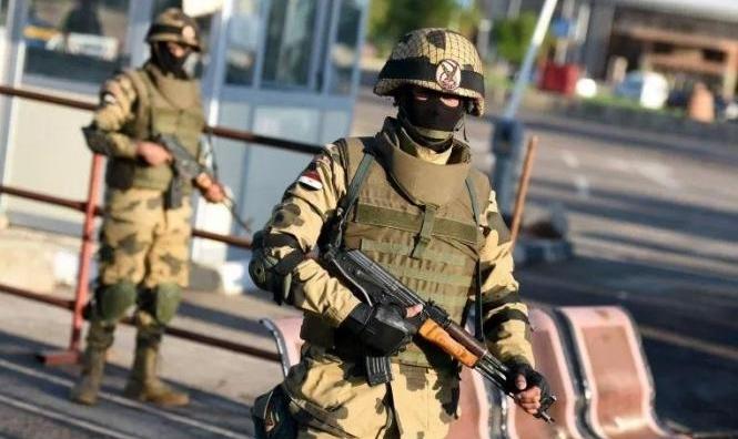 """مصر: الجيش يعلن مقتل 13 """"مسلّحًا"""" في عملية أمنية بسيناء"""
