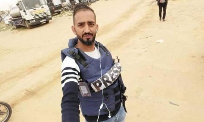 الاحتلال يعتقل صحافيًا من غزّة