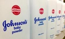 """""""جونسون آند جونسون"""" تتوقف عن بيع مسحوقها للأطفال"""