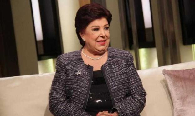 نقل رجاء الجداوي إلى المشفى إثر إصابتها بكورونا