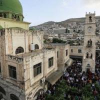 إشتية: إعادة فتح المساجد والكنائس اعتبارا من فجر الثلاثاء