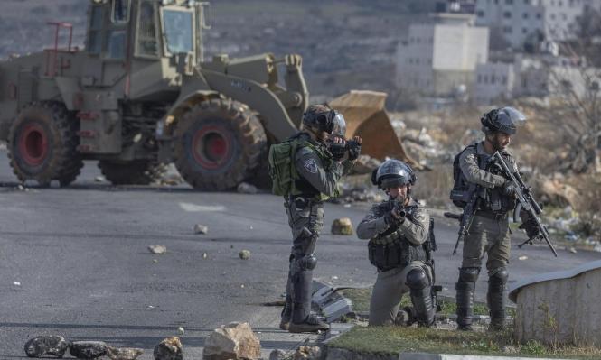 الاحتلال يطلق النار على شابين فلسطينيين شمالي رام الله