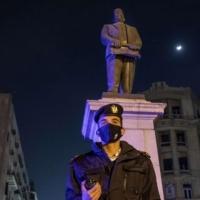 مؤرخ مصري: التنازل عن الحقوق للحكومات يصعّب استردادها  إثر الوباء