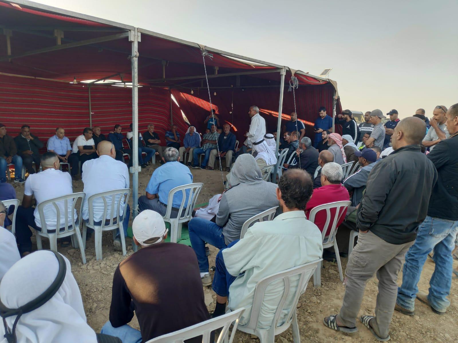 خربة الوطن: اجتماع حاشد لبحث سبل مواجهة مخططات مصادرة الأراضي