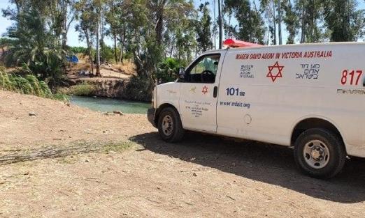 انتشال شاب بحالة حرجة بعد غرقه في نهر الأردن