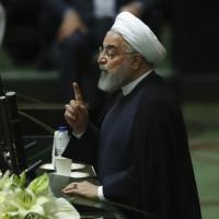 بعد تخفيف القيود: إيران تسجل أعلى حصيلة للإصابات اليوميّة بكورونا