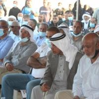 المئات يحتشدون في خربة الوطن رفضًا للمصادرة