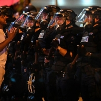 """الاحتجاجات الأميركية على مقتل فلويد تتواصل؛ """"الشرطة تواصل قتل السود"""""""