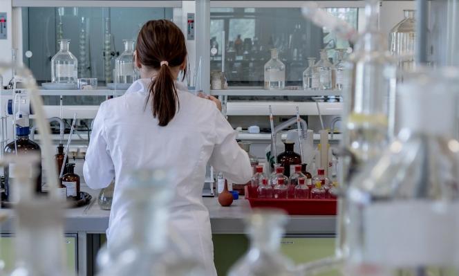 الأوساط الطبية تتخبط حول استخدام عقار الملاريا ضد كورونا