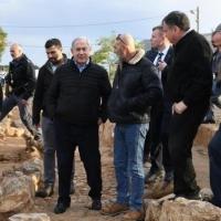 """نتنياهو لقادة المستوطنين: ملتزم بمفاوضات على أساس """"صفقة القرن"""""""