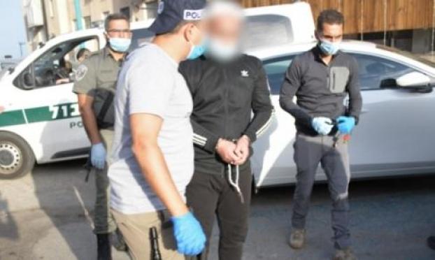 اعتقال مشتبهين من الناصرة وأم الفحم وبسمة طبعون بالتهديد والإتاوة