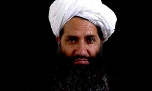 """""""فورين بوليسي"""": وفاة زعيم حركة طالبان بكورونا"""