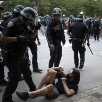 أميركا: 9300 موقوف منذ بدء الاحتجاجات واستمرارها رغم حظر التجول