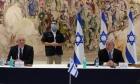رغم تصريحات نتنياهو: غانتس والجيش لا يعرفان شيئا عن الضم