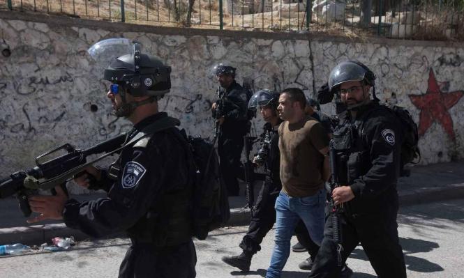 مداهمات واقتحامات بالقدس تخللها اعتقال 21 فلسطينيا