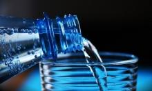 علماء: العبوات البلاستيكية غير ناقلة لعدوى فيروس كورونا