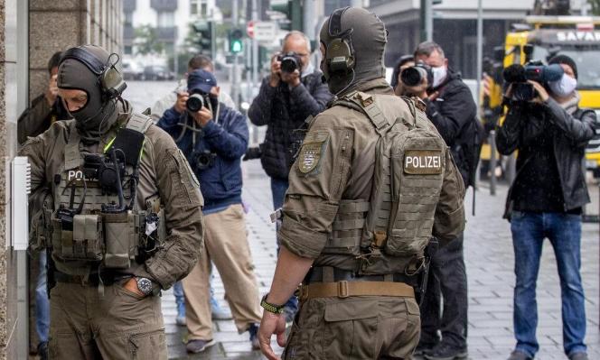 ألمانيا: توقيف طبيب سوري بتهمة تعذيب معتقلين في سجون الأسد