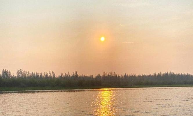 القطب الشمالي يحترق.. وعلماء يحذّرون