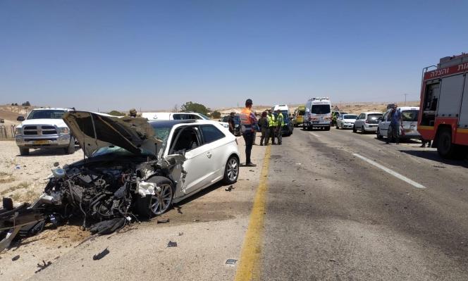 6 إصابات بينها خطيرة في حادث طرق بالنقب