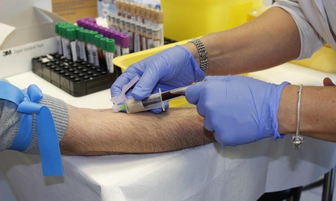 تقرير: فحوصات الدم لا تفيد للكشف عن إصابة سابقة بكوفيد-19