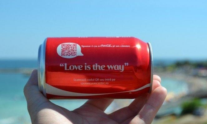 للحد من العنصرية: كوكا كولا توقف إعلاناتها على شبكات التواصل الاجتماعية
