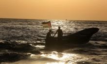 """الاحتلال يعتقل فلسطينيًا بزعم """"التسلل من غزة سباحة"""""""