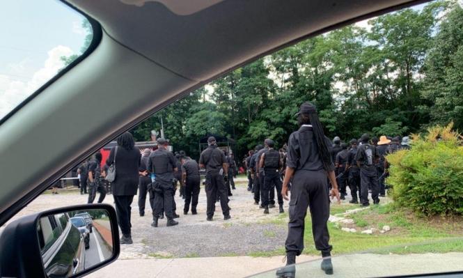 أتلانتا: مسيرة مسلحة لأميركيين سود منهاضين للعنصرية