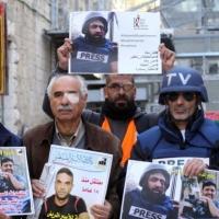 114 انتهاكًا للاحتلال بحق الصحافيين الفلسطينيين منذ بداية العام