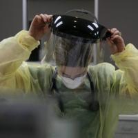 أكثر من 60 ألف إصابة جديدة بكورونا في الولايات المتحدة الجمعة
