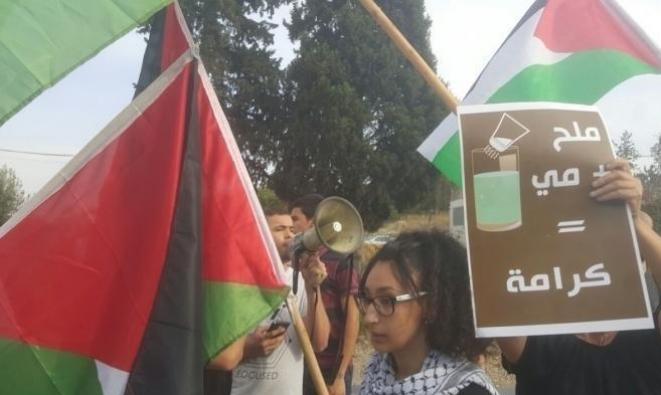 أسرى يواصلون إضرابهم عن الطعام احتجاجا على اعتقالهم الإداري
